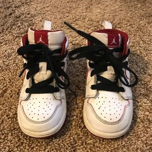 Toddler's High Top Jordan 1 Sneakers